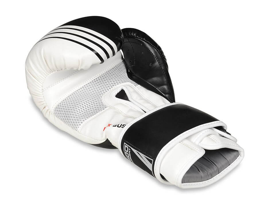 rękawice bokserskie - wentylacja
